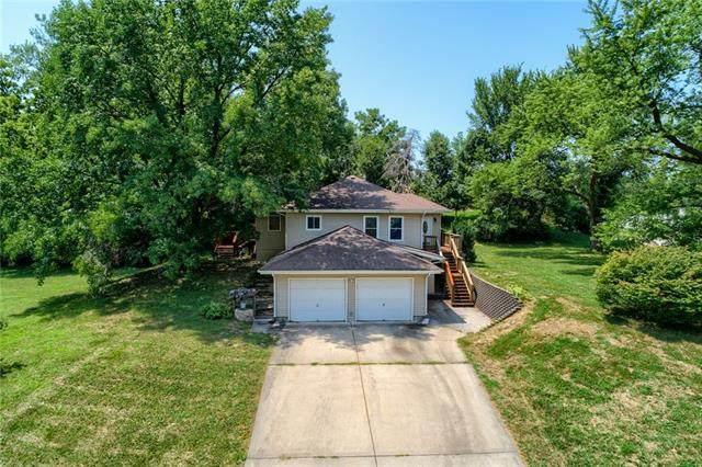 10207 NW Barry Road, Kansas City, MO 64153 (#2339026) :: Dani Beyer Real Estate