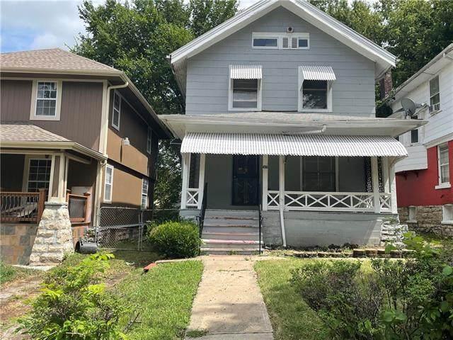 3019 Brooklyn Avenue, Kansas City, MO 64109 (#2339224) :: Eric Craig Real Estate Team