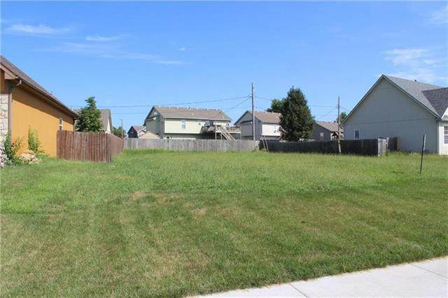 604 Heather Knoll Drive, Edgerton, KS 66021 (#2339304) :: Eric Craig Real Estate Team