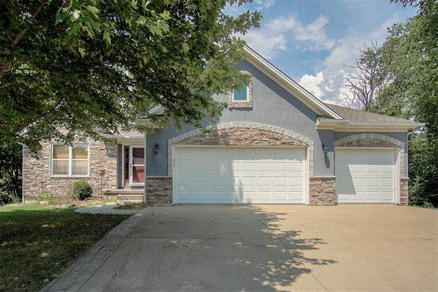 13150 NW Ridgeview Drive, Platte City, MO 64079 (#2339373) :: Tradition Home Group | Compass Realty Group