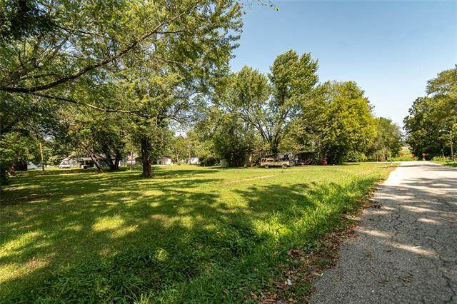 314 S Cherry Street, Ottawa, KS 66067 (#2339381) :: Eric Craig Real Estate Team
