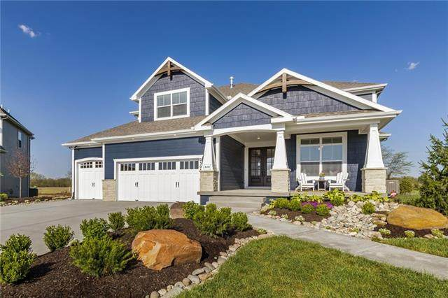 1617 SW 27th Street, Lee's Summit, MO 64082 (#2339540) :: The Shannon Lyon Group - ReeceNichols