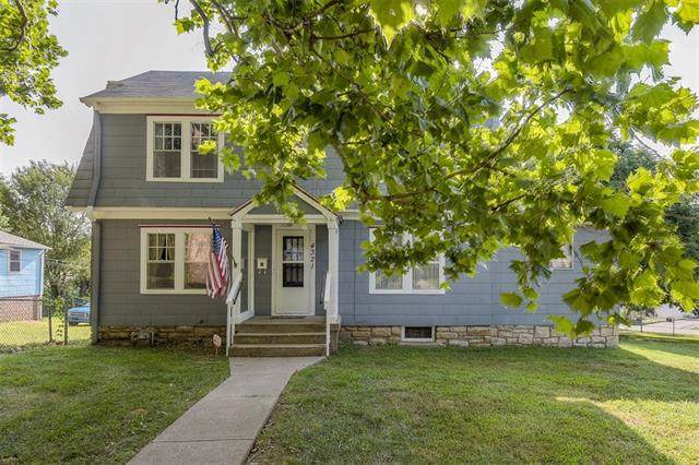 4321 Francis Street, Kansas City, KS 66103 (#2339658) :: Eric Craig Real Estate Team