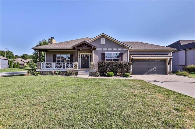 801 SE Partridge Lane, Blue Springs, MO 64014 (#2339871) :: Dani Beyer Real Estate