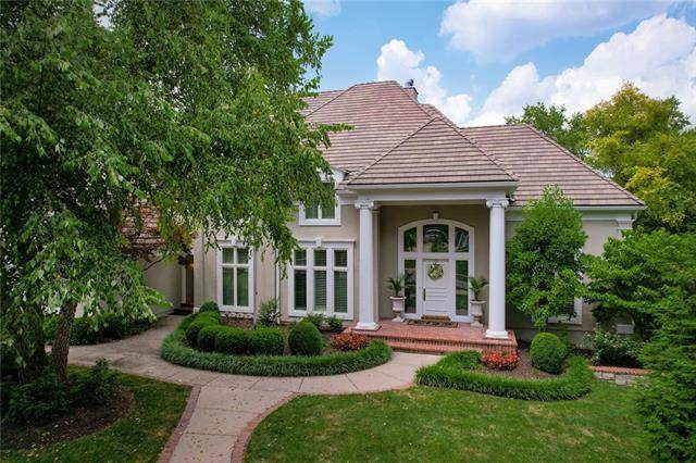 3012 W 117th Street, Leawood, KS 66211 (#2339969) :: Austin Home Team