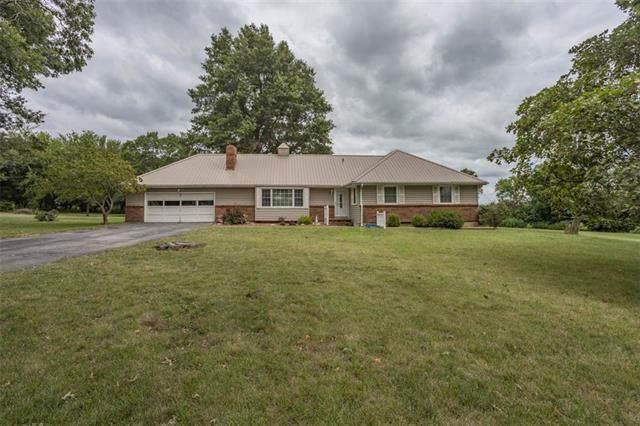 429 E Walnut Street, Drexel, MO 64742 (#2339973) :: Five-Star Homes