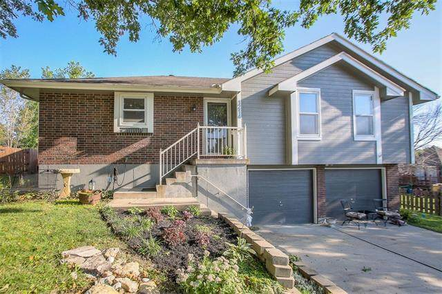 1214 SW Stockman Court, Grain Valley, MO 64029 (#2339978) :: Tradition Home Group | Compass Realty Group