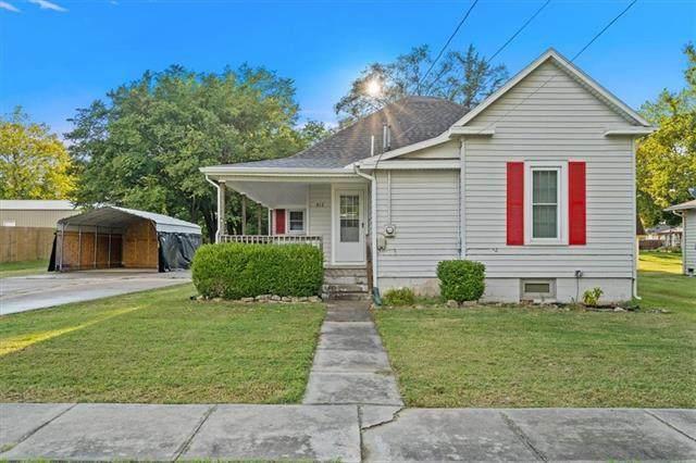 417 N Oak Street, Garnett, KS 66032 (#2340150) :: Ron Henderson & Associates