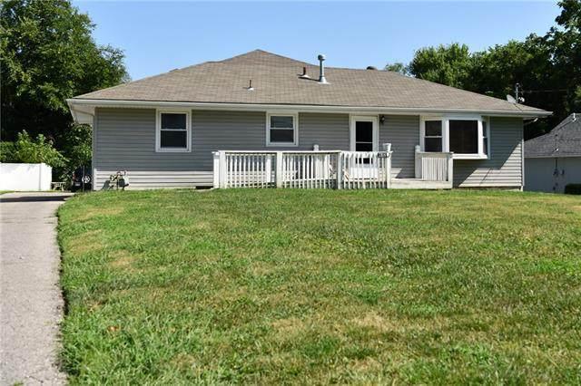 7914 Leavenworth Road, Kansas City, KS 66109 (#2340209) :: Audra Heller and Associates