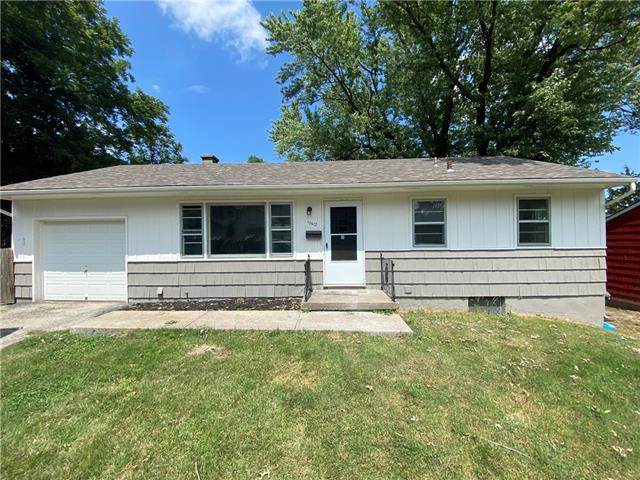10612 E 14th Street S, Independence, MO 64052 (#2340407) :: Tradition Home Group | Compass Realty Group