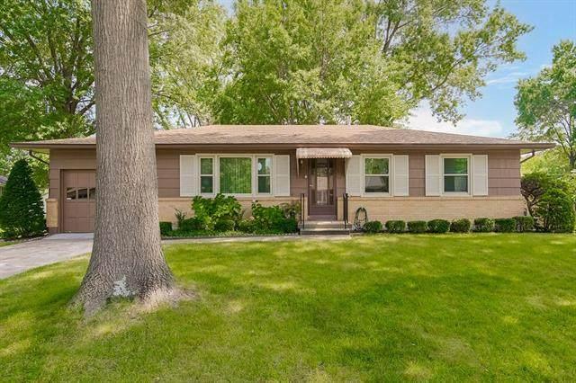 4913 Gladstone Avenue, Kansas City, MO 64119 (#2340501) :: The Shannon Lyon Group - ReeceNichols