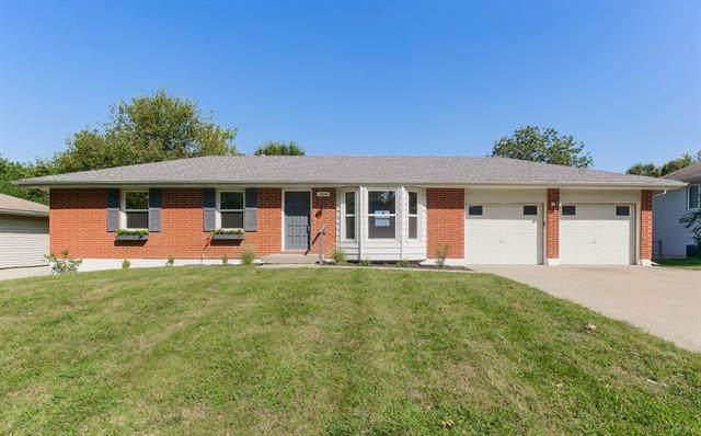 104 NE 1st Street Terrace, Blue Springs, MO 64014 (#2340502) :: Dani Beyer Real Estate