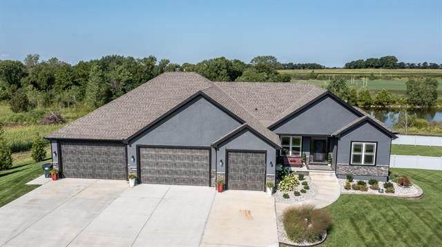 6300 142nd Street, Basehor, KS 66007 (#2340513) :: Dani Beyer Real Estate
