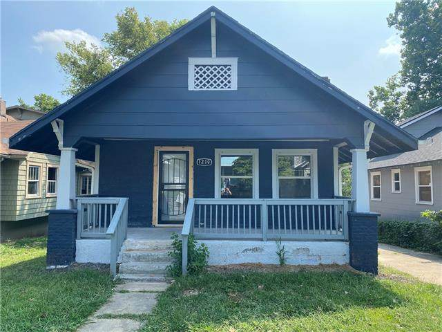 1219 S Ash Avenue, Independence, MO 64052 (#2340538) :: Tradition Home Group | Compass Realty Group