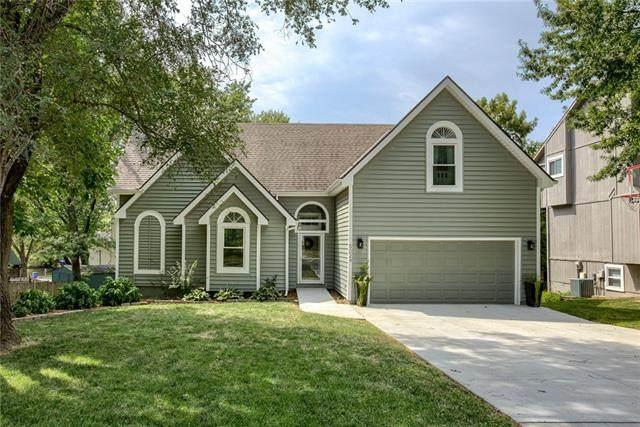 5024 Farley Street, Merriam, KS 66203 (#2340629) :: Eric Craig Real Estate Team