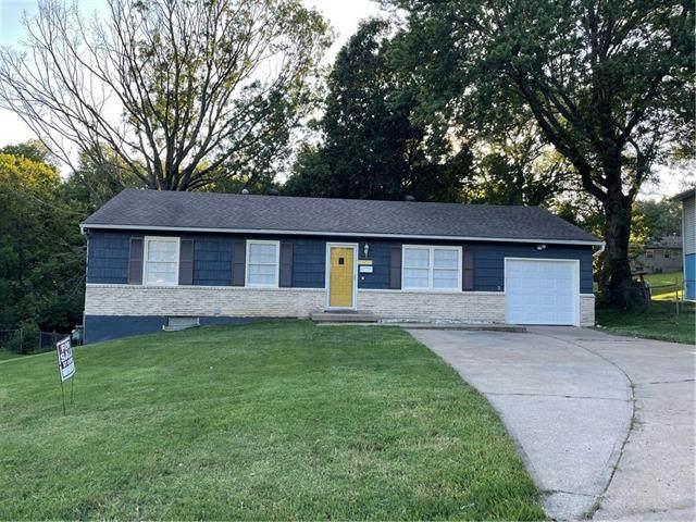 4101 E 74th Street, Kansas City, MO 64132 (#2340658) :: Austin Home Team