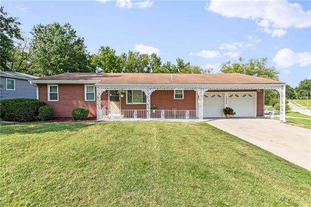 7942 NE 53rd Street, Kansas City, MO 64119 (#2340774) :: Dani Beyer Real Estate