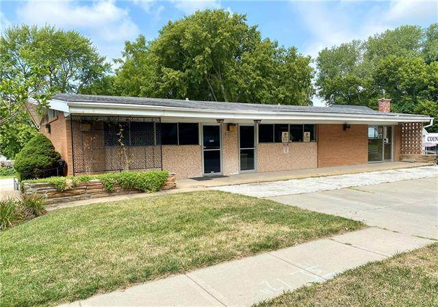 2532 S Crysler Avenue, Independence, MO 64052 (#2340865) :: Austin Home Team