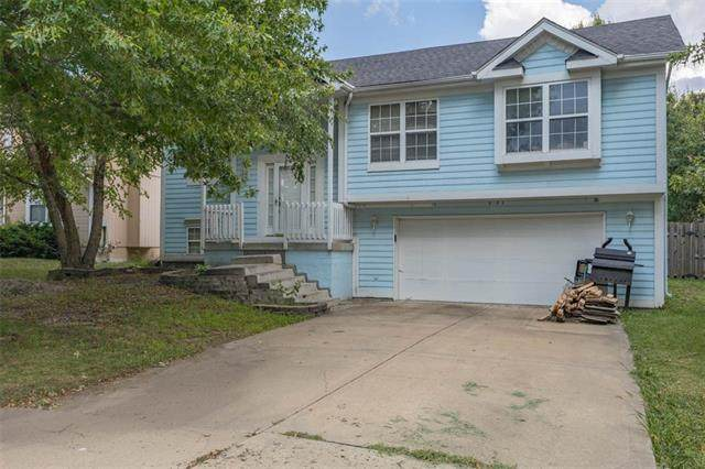 16393 S Sunset Street, Olathe, KS 66062 (#2340879) :: Austin Home Team