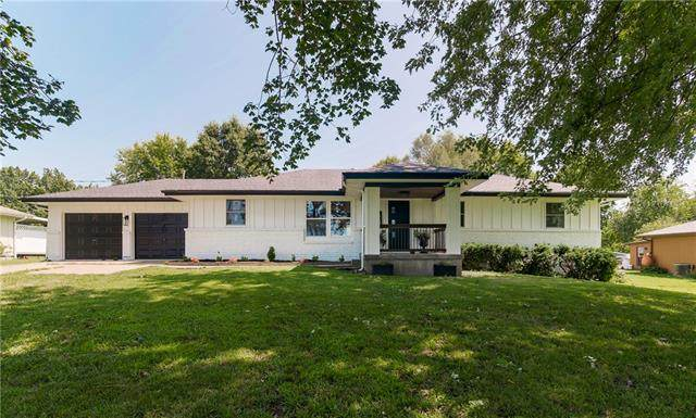 18699 Linwood Road, Linwood, KS 66052 (#2340888) :: Ron Henderson & Associates