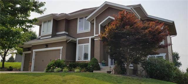 13018 W 54th Terrace, Shawnee, KS 66216 (#2340964) :: The Shannon Lyon Group - ReeceNichols