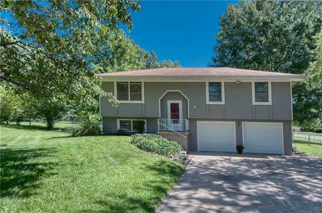10501 N Main Street, Kansas City, MO 64155 (#2341220) :: Austin Home Team