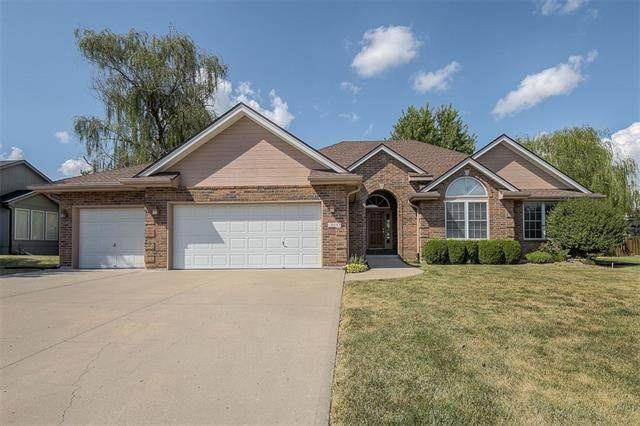 404 E 21st Street, Kearney, MO 64060 (#2341238) :: Tradition Home Group | Compass Realty Group