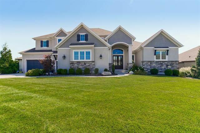 10538 W 168th Terrace, Overland Park, KS 66221 (#2341275) :: Austin Home Team