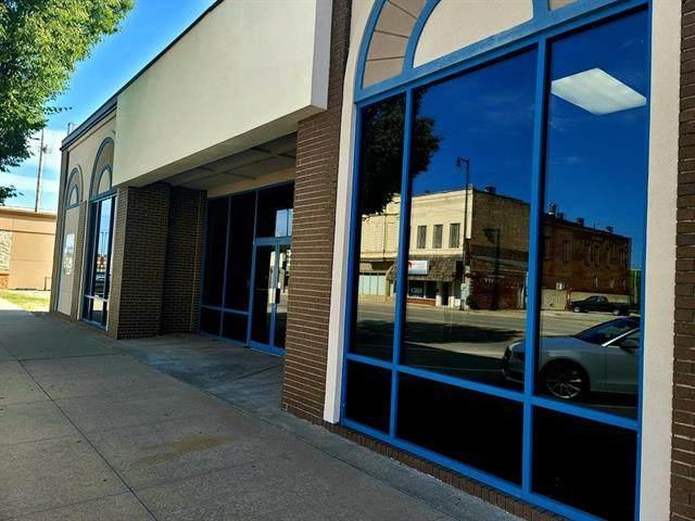 710 Broadway Street - Photo 1