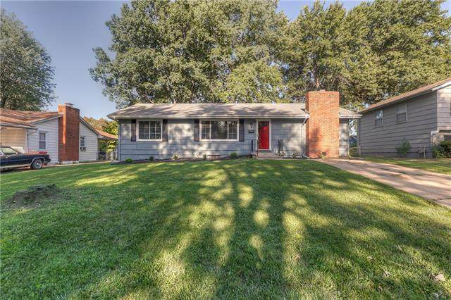 4116 S Cottage Avenue, Independence, MO 64055 (#2341580) :: Tradition Home Group | Compass Realty Group