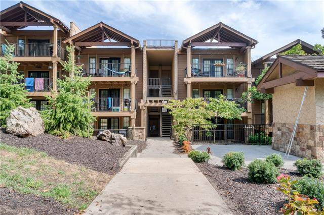 4727 Jarboe Street #62, Kansas City, MO 64112 (#2341632) :: Tradition Home Group | Compass Realty Group