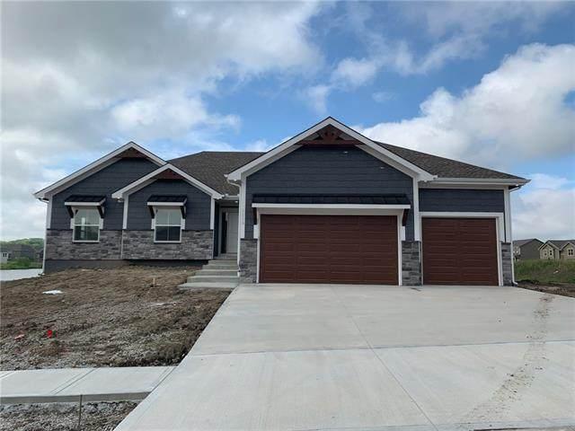 2317 NE Colonnade Avenue, Blue Springs, MO 64029 (#2341724) :: Five-Star Homes