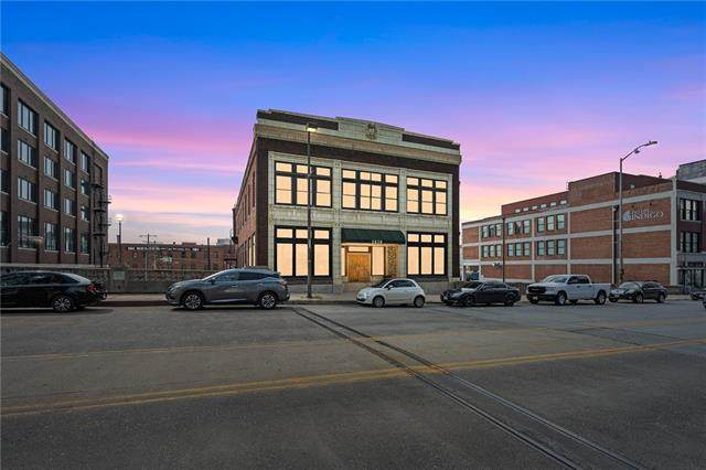 2030 Grand Boulevard #6, Kansas City, MO 64108 (#2341761) :: Tradition Home Group | Compass Realty Group