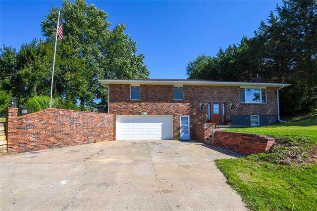 1405 Country Club Road, Atchison, KS 66002 (#2341788) :: Team Real Estate