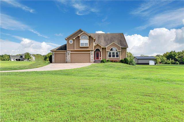 13011 Alley Jackson Road, Lee's Summit, MO 64086 (#2341859) :: The Shannon Lyon Group - ReeceNichols