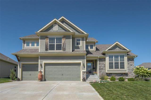 10544 N Oakland Avenue, Kansas City, MO 64157 (#2341945) :: Tradition Home Group | Compass Realty Group