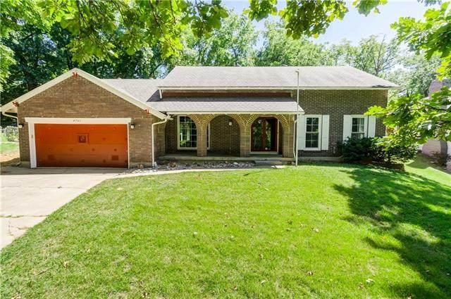 4753 NE Winn Road, Kansas City, MO 64117 (#2342079) :: Ron Henderson & Associates