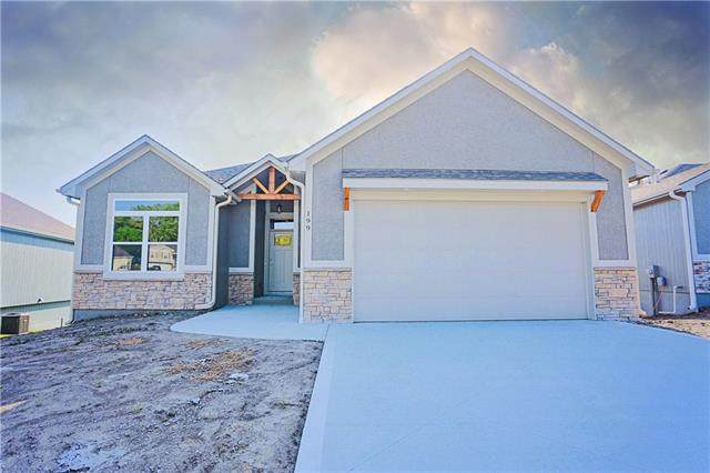199 Tanner Drive, Belton, MO 64012 (#2342178) :: Eric Craig Real Estate Team