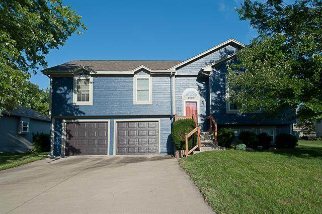 1205 Rayce Drive, Greenwood, MO 64034 (#2342179) :: Ron Henderson & Associates
