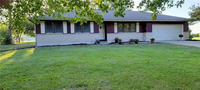 126 NW 331st Road, Warrensburg, MO 64093 (#2342205) :: Austin Home Team