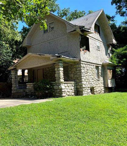 3309 S Benton Avenue, Kansas City, MO 64128 (#2342245) :: The Gunselman Team