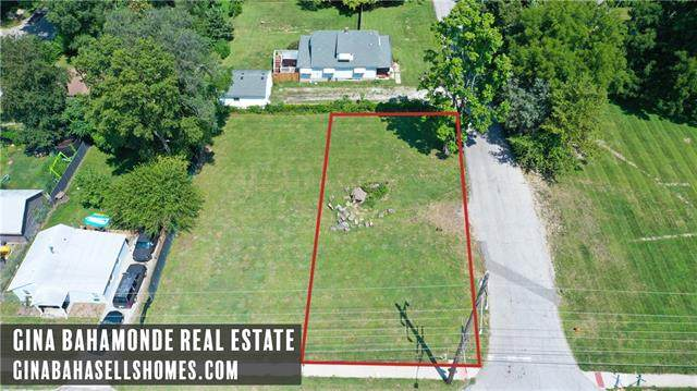 1312 E 23 RD Street, Independence, MO 64055 (#2342282) :: The Rucker Group