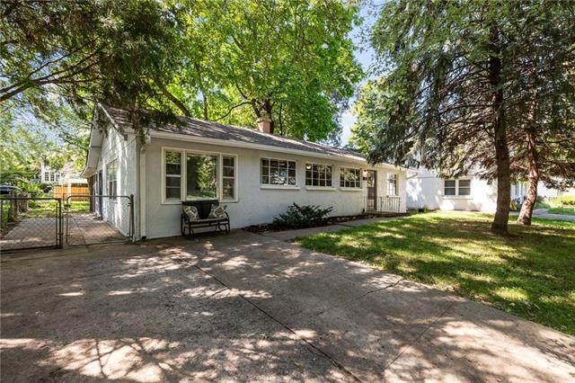 937 W 32nd Terrace, Kansas City, MO 64111 (#2342338) :: Ask Cathy Marketing Group, LLC