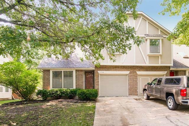 11742 Oakmont Street, Overland Park, KS 66210 (#2342374) :: Eric Craig Real Estate Team