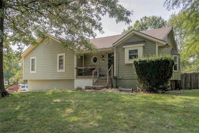 1170 Mulberry Street, Lee's Summit, MO 64086 (#2342899) :: Dani Beyer Real Estate