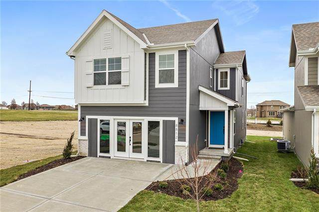 8812 SW 8th Street, Blue Springs, MO 64064 (#2343013) :: Ask Cathy Marketing Group, LLC