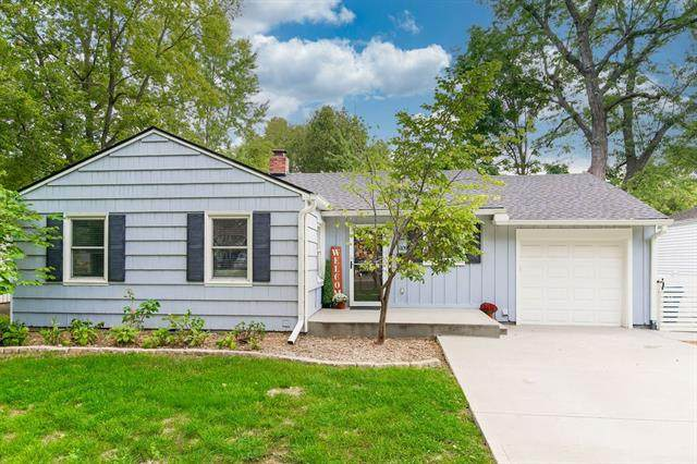 5109 W 71st Street, Prairie Village, KS 66208 (#2343017) :: Tradition Home Group | Compass Realty Group
