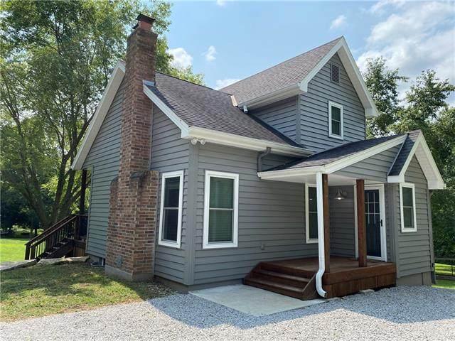 16410 E Courtney Atherton Road, Sugar Creek, MO 64058 (#2343382) :: Ron Henderson & Associates