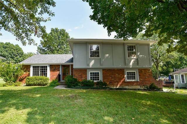6827 NW Dawn Lane, Kansas City, MO 64151 (#2343547) :: Five-Star Homes