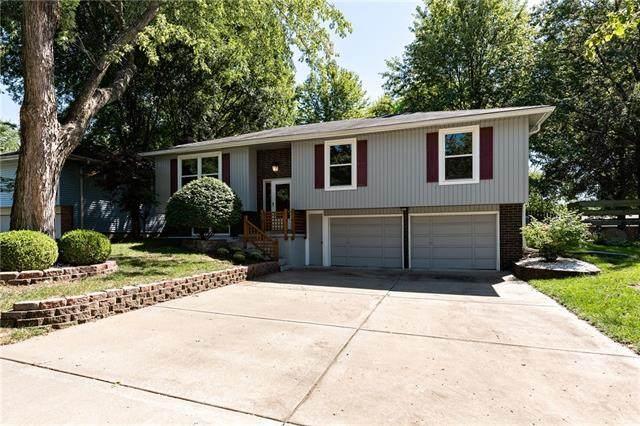 115 NE 88th Terrace, Kansas City, MO 64155 (#2343609) :: Ron Henderson & Associates
